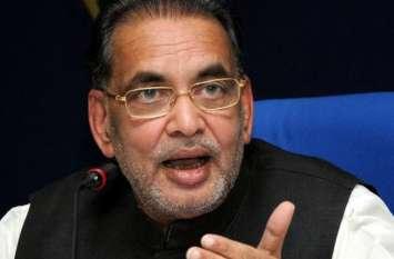 किसानों के प्रदर्शन पर कृषि मंत्री का विवादित बयान, मीडिया में आने के लिए अपना रहे तरह-तरह के हथकंडे