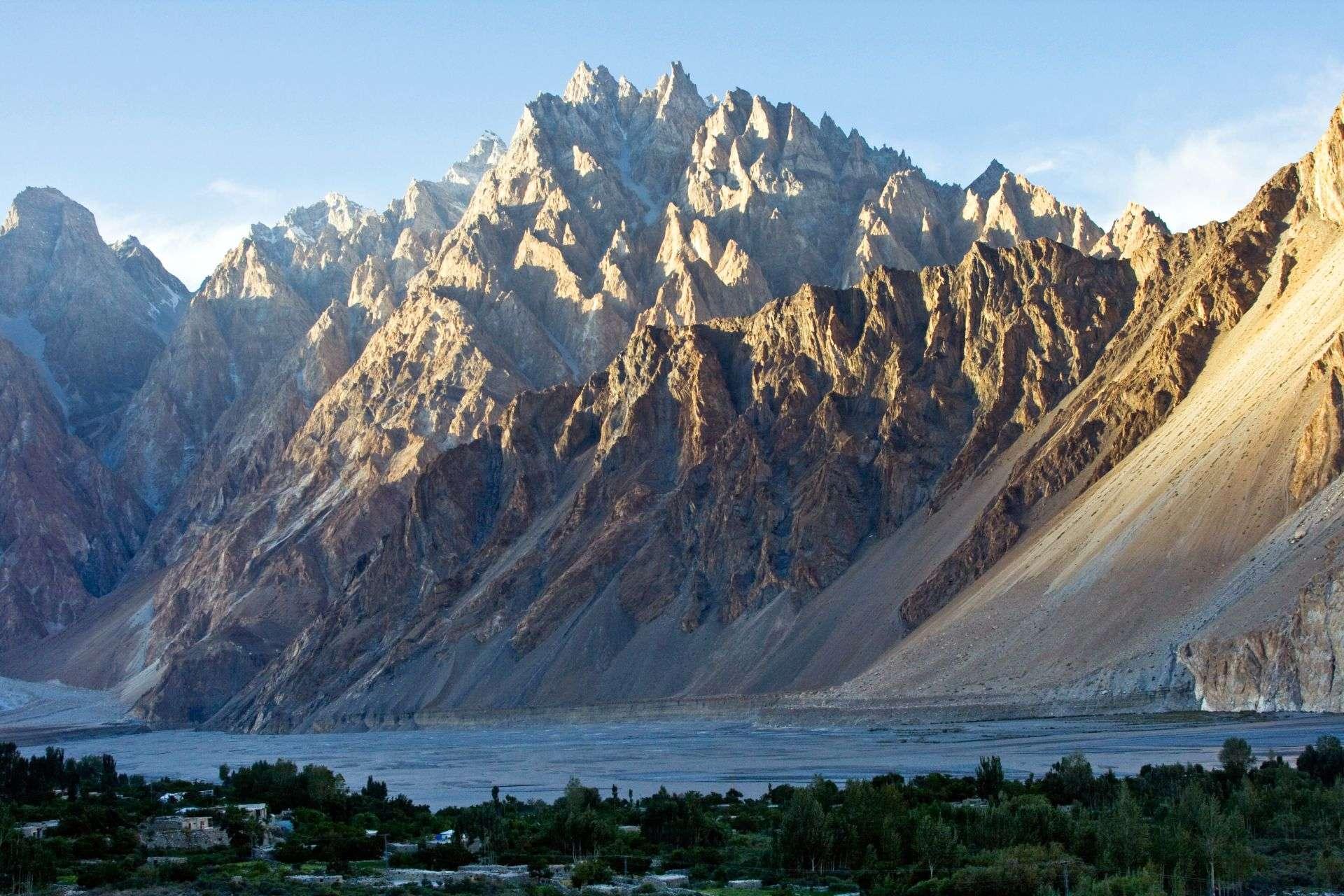 karakoram range of glacier increasing despite of global warming