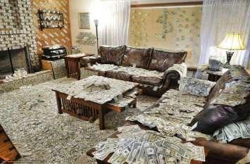 घर के लिए खरीदें ये वाला फर्नीचर, कभी नहीं होगी पैसों की कमी
