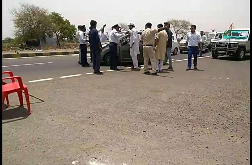 राहुल की सभा में जा रहे कांग्रेस नेता का वाहन दुर्घटनाग्रस्त