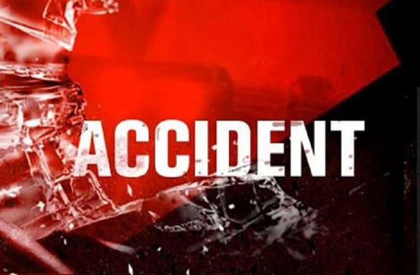 बेकाबू वाहनों की चपेट में आने से महिला समेत चार की मौत