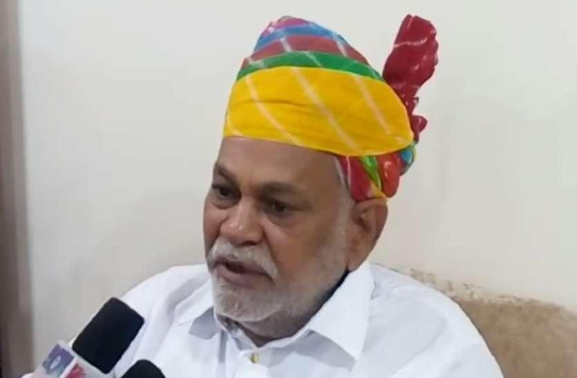 कृषि मंत्री के विरोध के बाद राजस्थान में किसानों को राहत, की जा रही हितों की बात