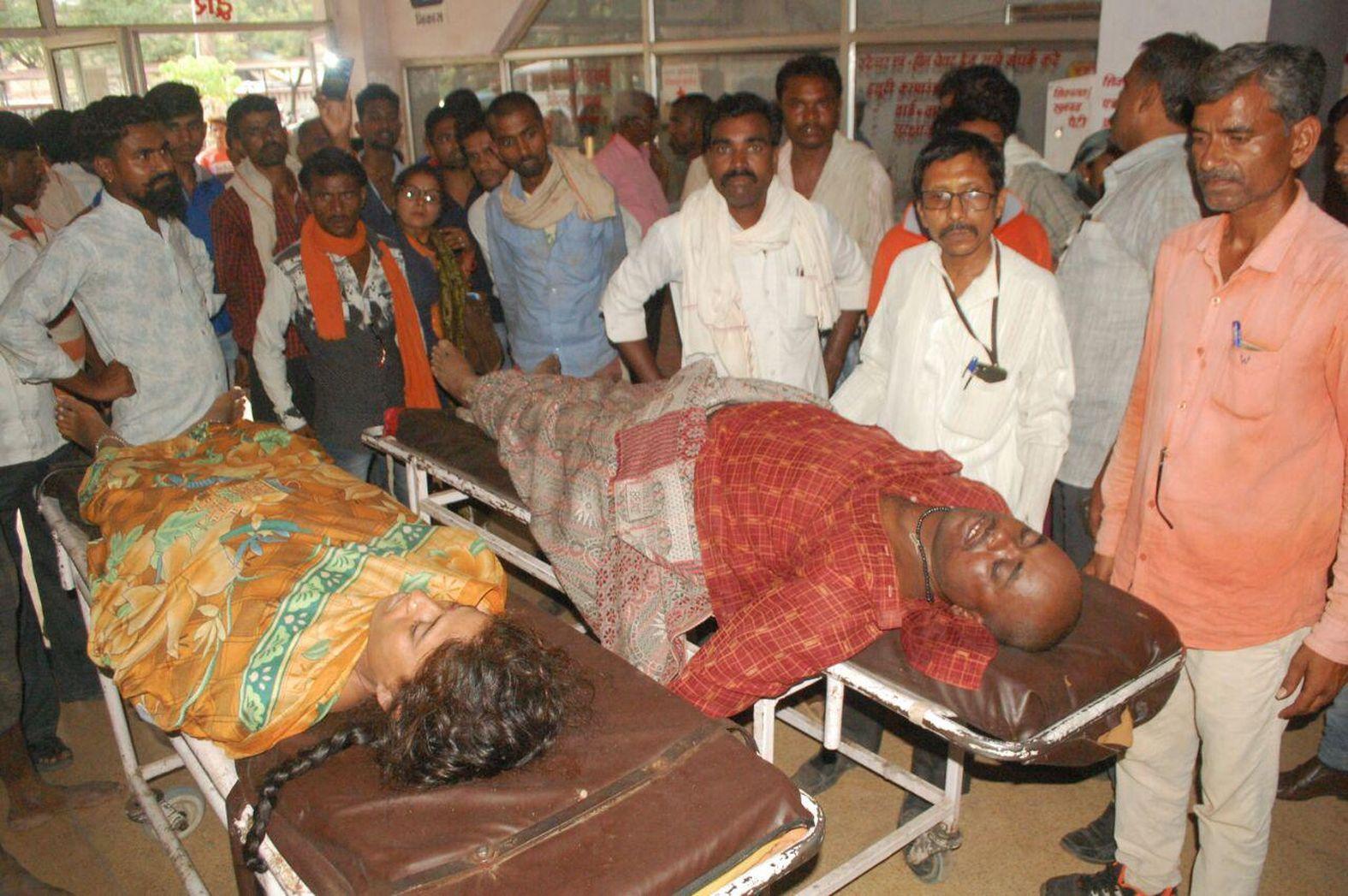 MP के इस जिले में आकाशीय बिजली बनी काल, पति-पत्नी समेत चार लोगों की मौत