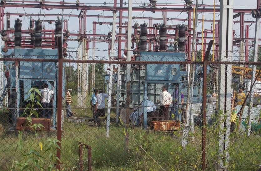 जगह जगह गुल हो सकती है बिजली: मानसून मुसीबत की आहट से बेसुध बिजली विभाग, संसाधनों की कमी