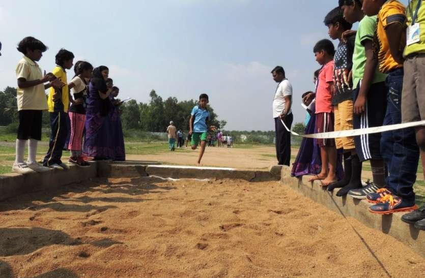 जनजातीय स्कूलों की खेल स्पर्धाएं जुलाई से अक्टूबर तक