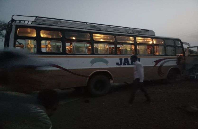 After the baby crush in Ratlam, the angry mob fired on the bus
