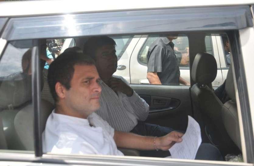 राहुल गांधी ने लिखा डॉ.कफील को पत्र, भाई के साथ हुई घटना पर जताया दुख