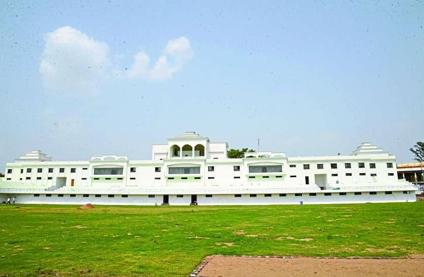 रायपुर का ये खूबसूरत स्टेडियम बनकर तैयार, CM करेंगे उद्घाटन, जानें खासियत