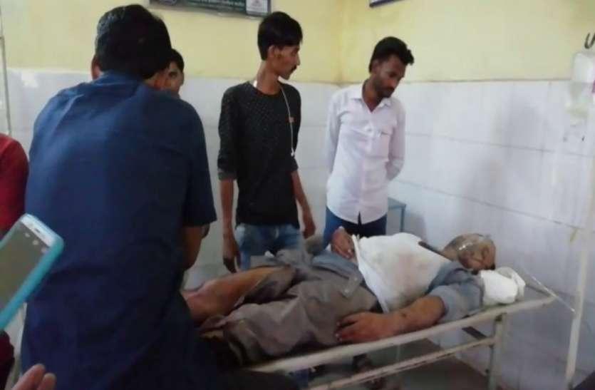 UP ईद मनाने आए टैक्सी ड्राइवर इरशाद की लाठी-डंडे व सरिया से पीट-पीटकर हत्या