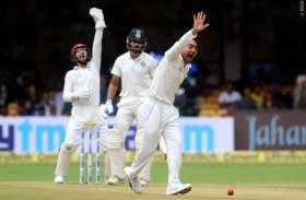 अपनी फिरकी से बल्लेबाजों को नाचने वाले राशिद की धवन ने उधेड़ी बखिया, उनके नाम किया ये शर्मानक रिकॉर्ड