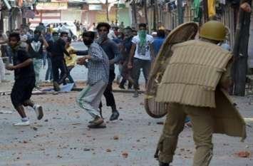 पश्चिमी यूपी के युवकों ने बताई कश्मीर में पत्थरबाजी की सच्चाई तो पुलिस के भी उड़ गए होश