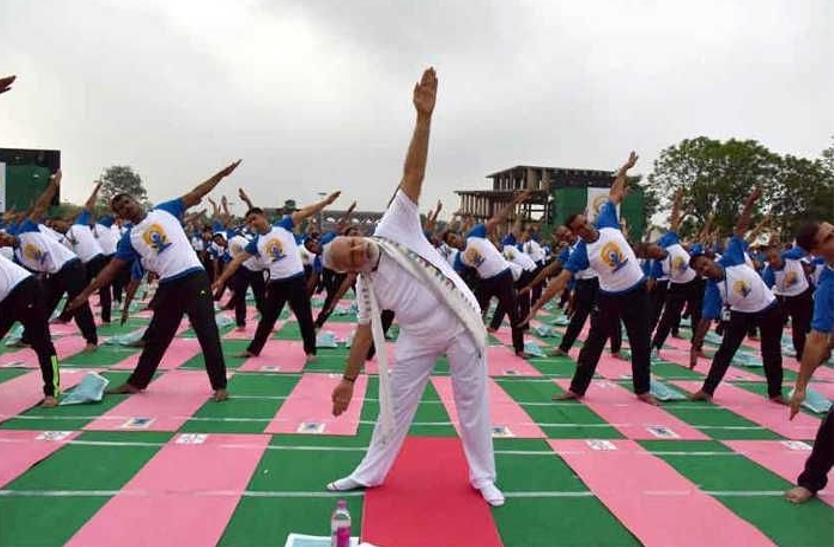 पहले करेंगे योग उसके बाद आइए उत्तराखंड का संदेश देंगे प्रधानमंत्री नरेंद्र मोदी