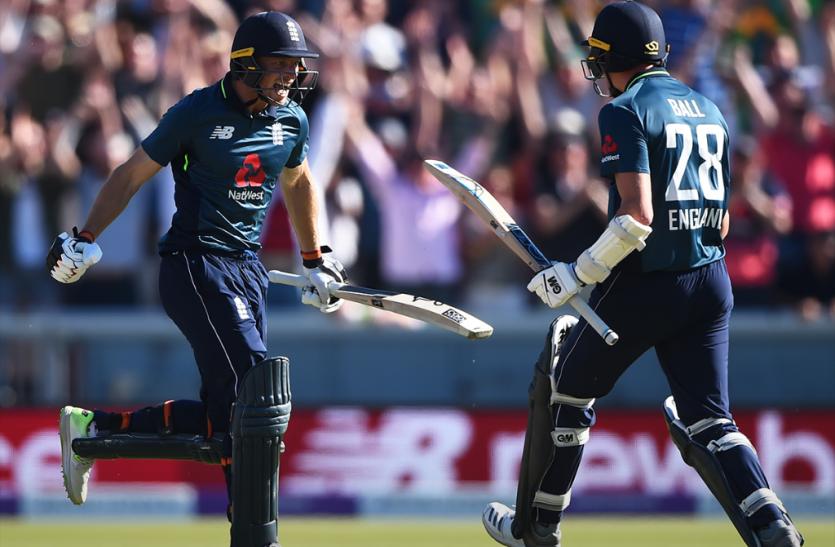 इंग्लैंड और ऑस्ट्रेलिया के बीच खेले गए आखिरी वनडे मैच में बने ये 6 रिकॉर्ड