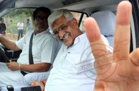 सीएम हाउस में इस अंदाज में नजर आए भाजपा नेता, देखें तस्वीरें
