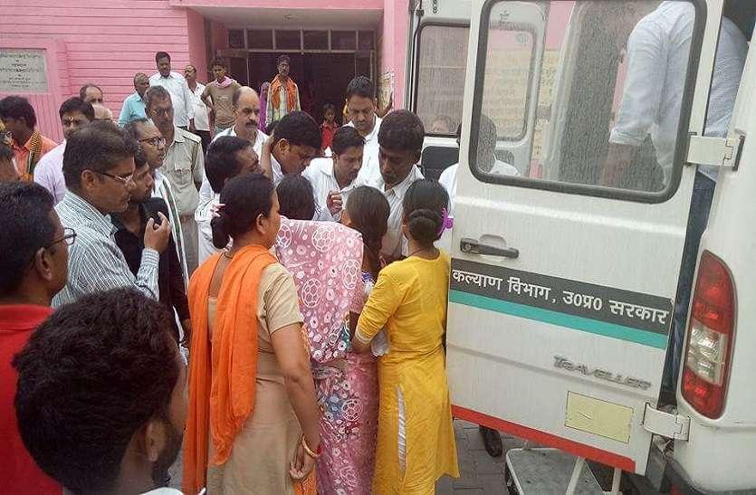 सपा के कद्दावर नेता और पूर्व मंत्री बलराम यादव के घर में मचा कोहराम, घर के एक लड़के की डूबने से मौत