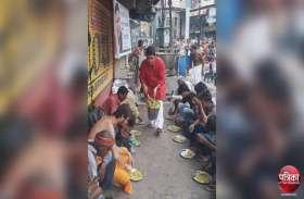 धर्म नगरी काशी में कुछ यूं मना पूर्व सीएम अखिलेश का जन्मदिन, देखें तस्वीरों में...