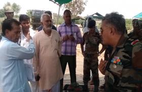 सेना और ग्रामीणों के बीच छिड़ा संग्राम, आम रास्ता बंद करने को लेकर हुआ विवाद