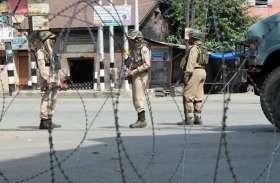 जम्मू-कश्मीर: बारामूला में सुरक्षा बलों और आतंकियों के बीच मुठभेड़ जारी, दहशतगर्दों के घर में छिपे होने की आशंका