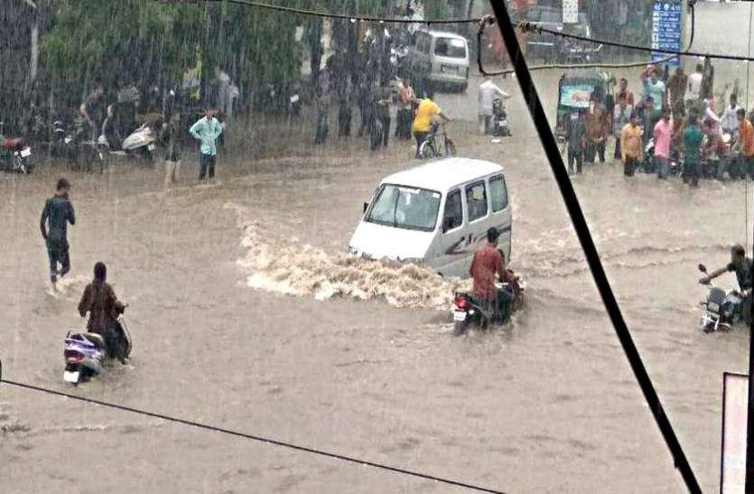 सौराष्ट्र में भारी बारिश से बांधों में बढ़ा जल स्तर