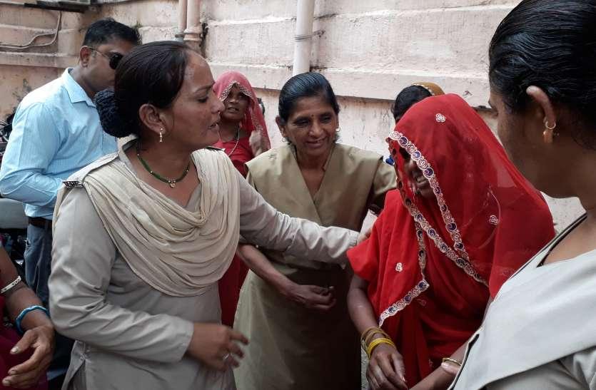 उदयपुर के इस अस्पताल में हुआ अजब मामला, प्रसव से ठीक पूर्व बिस्तर छोड़ भागी गर्भवती,  लोग पड़़ गए हैरत में