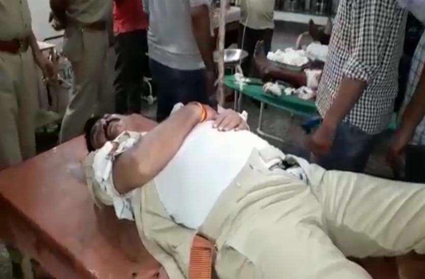 एनकाउंटर में दो इनामी बदमाश गिरफ्तार, फायरिंग में दरोगा घायल,अस्पताल में भर्ती