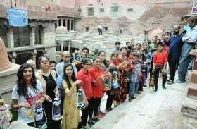 जोधपुर : रंग मल्हार में सजा इंद्रधनुषी रंगों का कैनवास