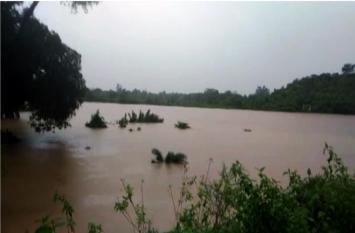 ओडिशा में बारिश से कई क्षेत्र जलमग्न, 15 जिलों को अलर्ट जारी