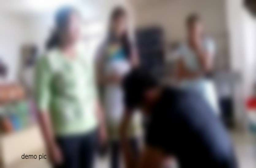 गर्ल्स हॉस्टल की 25 छात्राओं की अचानक बिगड़ी तबीयत, मचा हड़कंप