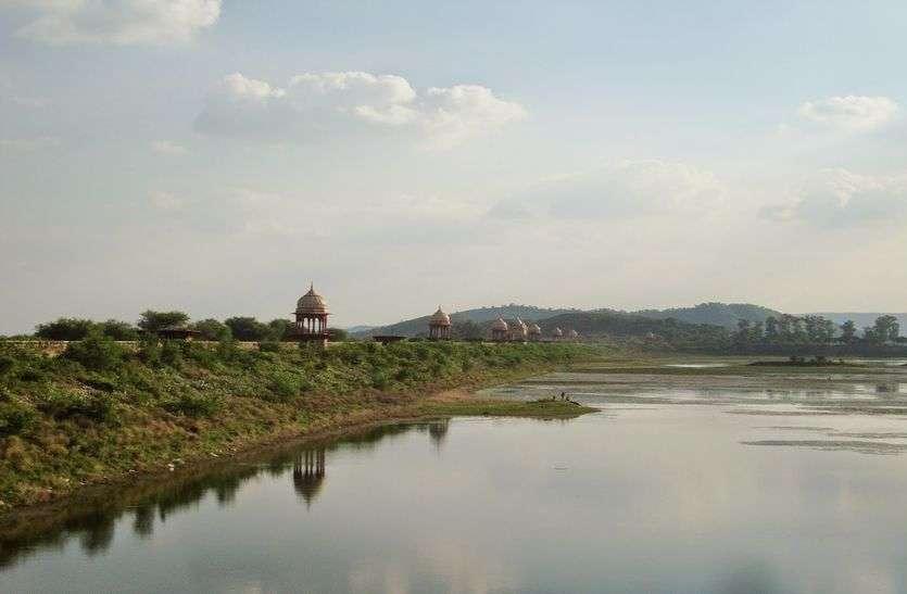 अलवर जिले के बांध तरस रहे पानी को, प्रशासन की इस लापरवाही से हो रहा है यह हाल