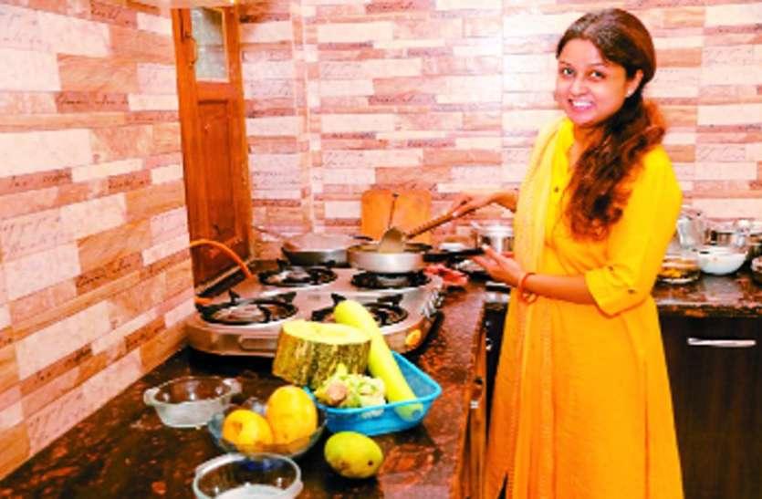 कॉलेज लड़कियों ने तैयार की खूबसूरती बढ़ानेवाली डिश, एक साथ मिलेगा स्वाद सेहत और सौंदर्य