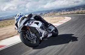 Photo gallerey: एक ही रंग में मिलेगी BMW ने की रेसिंग बाइक HP4 RACE, कीमत जानकर उड़ जाएंगे होश