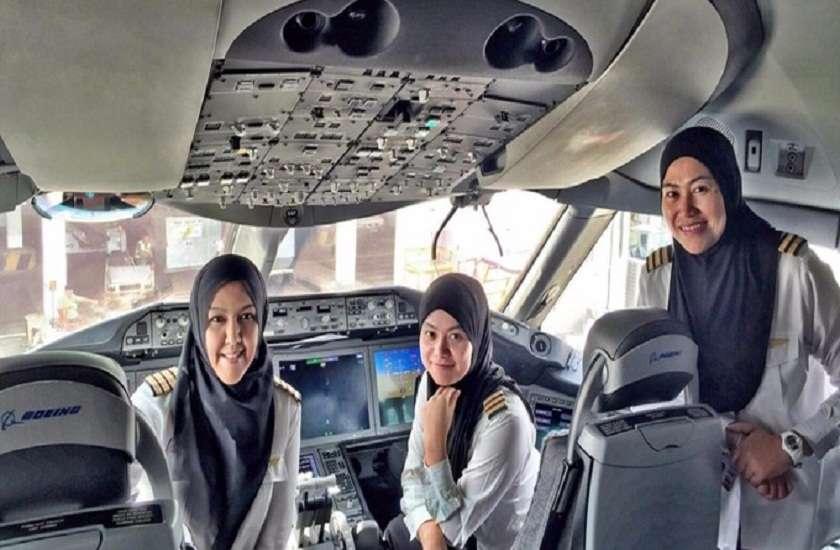 saudi arabia women will be allowed to fly plane