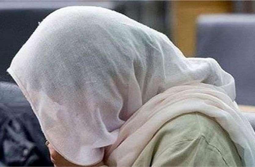 ससुर ने बहू के साथ जबरन किया ऐसा काम, विरोध करने पर दी तलाक की धमकी