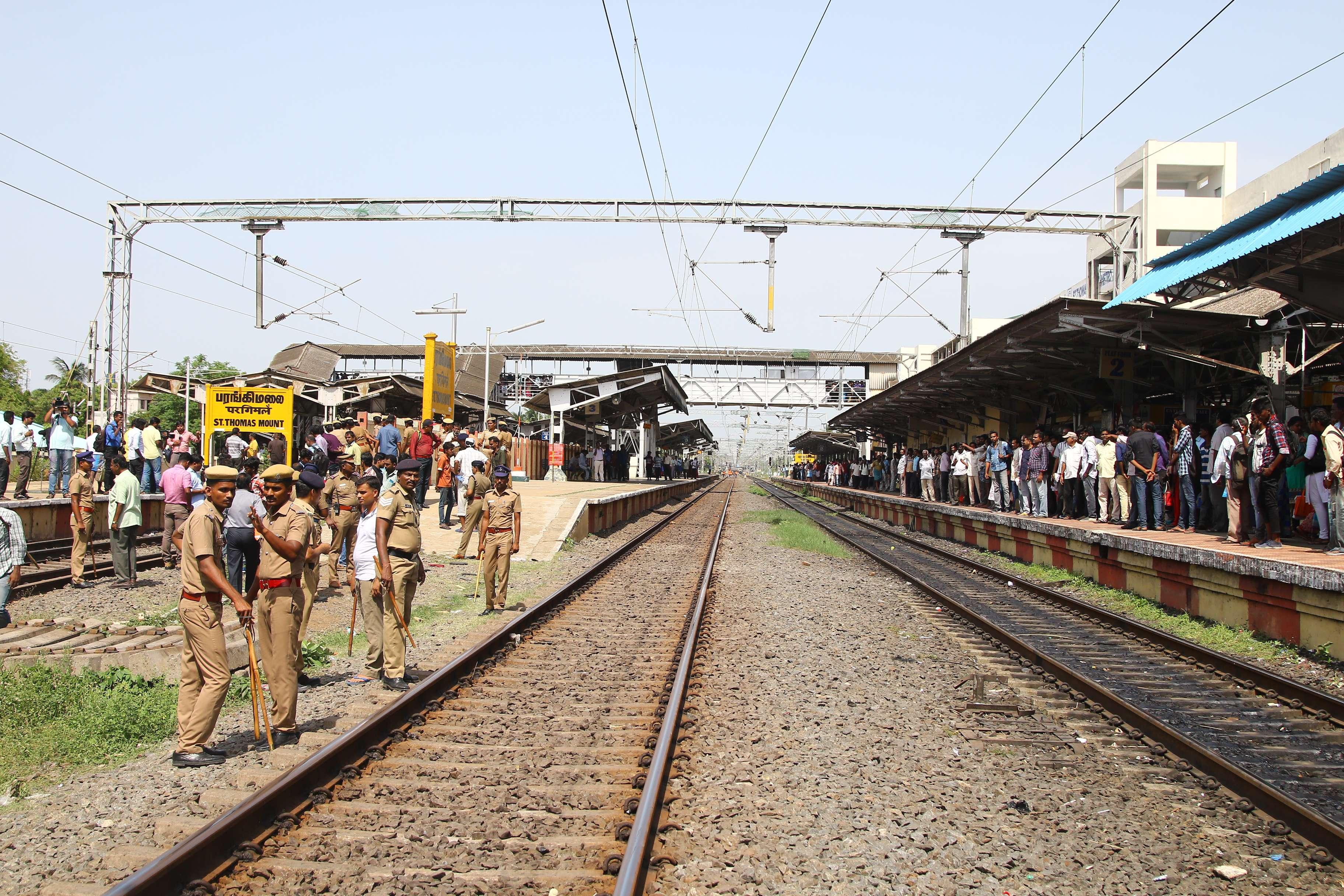 Tragedy to Chennai City, Claims 6 lives