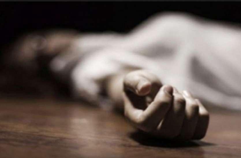 पत्नी को फंसाने के लिए शख्स ने मां को पीट-पीटकर कर दी हत्या, पुलिस ने किया गिरफ्तार