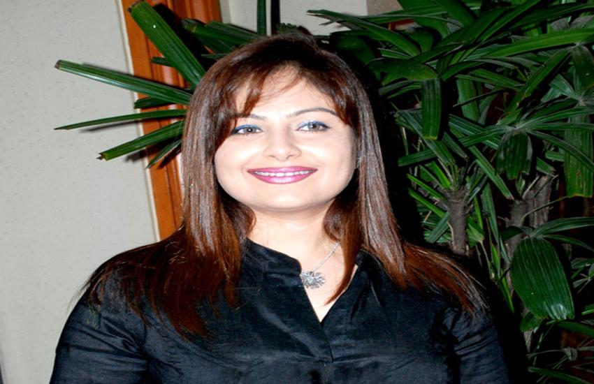 ayesha jhulka affair with nana patekar full story