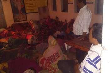 गांव में घुसे हाथियों ने पिता-पुत्र पर किया हमला, घर तोड़े तो ऐसे गुजरी कई परिवारों की रात