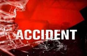 तेज रफ्तार ऑटो अनियंत्रित होकर पलटी 8 लोग घायल