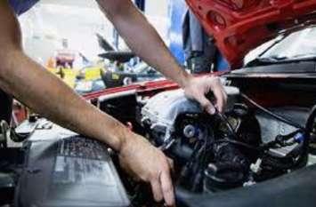 कार के इंजन के लिए बेहद खतरनाक है ड्राइवर की ये हरकतें...