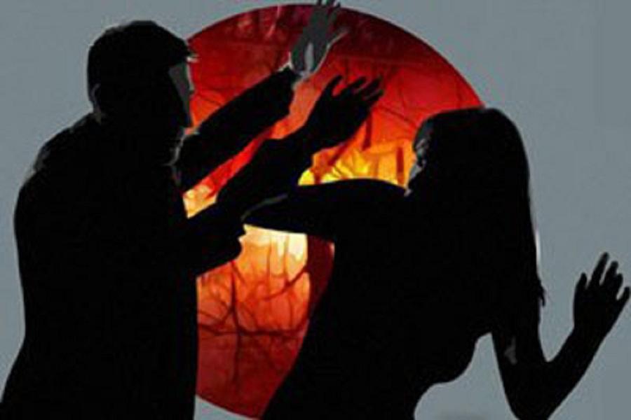 यूपी के इस शहर में एसएसबी जवान की पत्नी को आधी रात को उठाने की कोशिश, प्रतिरोध करने पर पति की पिटाई