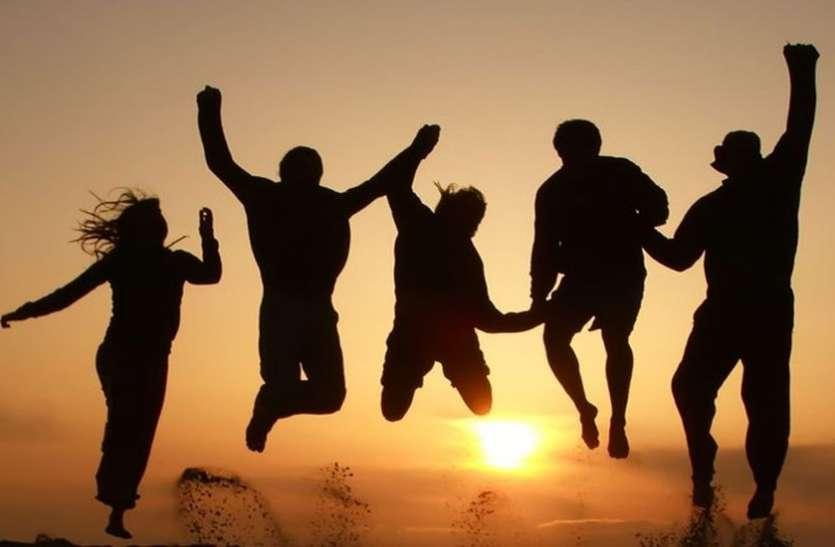 Friendship Day Special Story In Hindi - ये दोस्ती है कुछ खास: दोस्ती के  अर्ध शतक में एक बार भी नहीं हुई कट्टी   Patrika News
