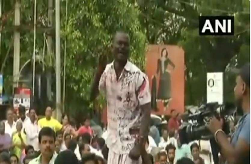 करुणानिधि के निधन से शोक में डूबा तमिलनाडु, सदमे में समर्थक