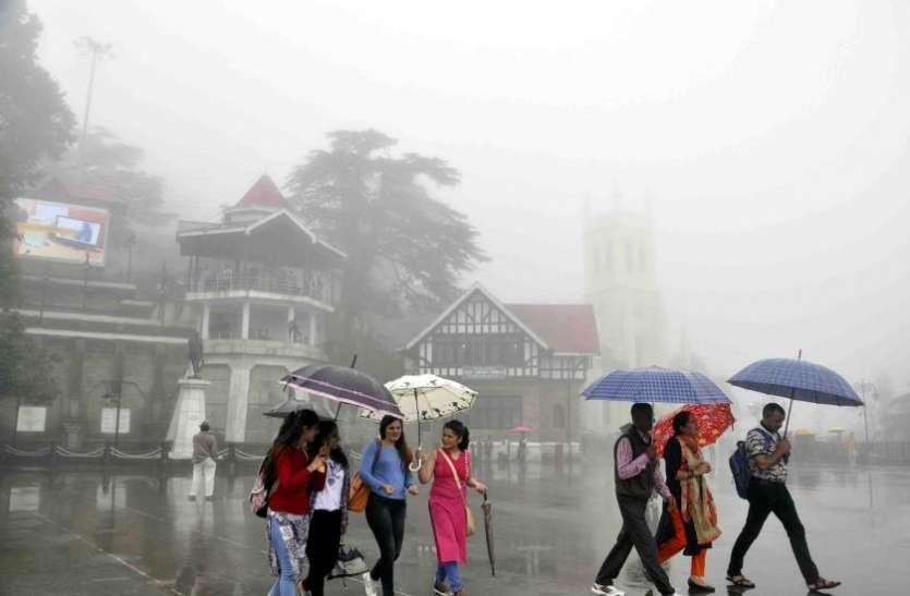 दिल्ली एनसीआर में रिमझिम बरसात ने मौसम किया सुहाना, इन इलाकों में मूसलाधार बारिश का अलर्ट जारी