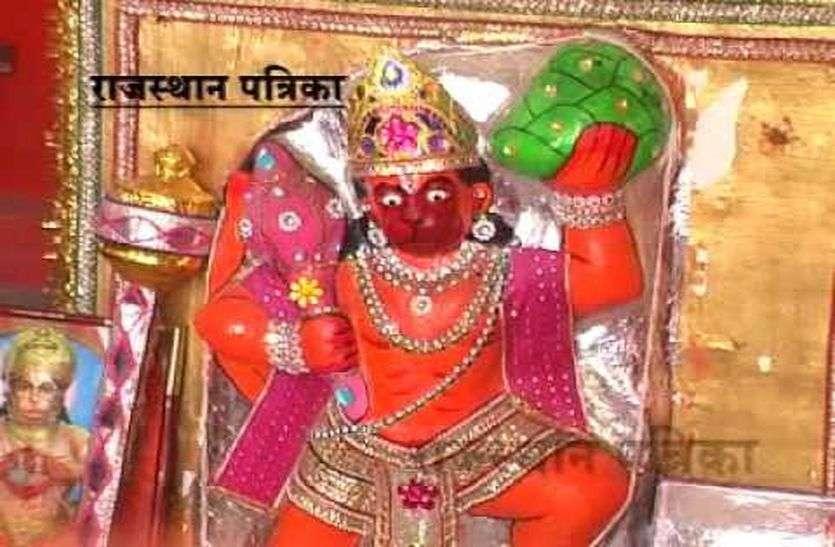 गोलासन मंदिर से दान-पात्र चोरी