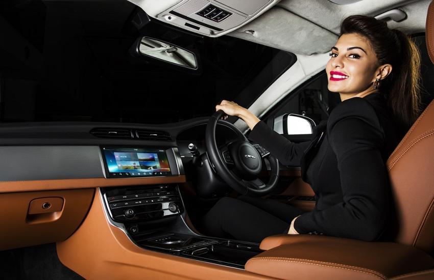 Jacqueline Fernandez's Luxury And Expensive Car Collection - रफ्तार की  दीवानी हैं जैकलीन फर्नांडीज, कार कलेक्शन देखकर उड़ जाएंगे होश | Patrika News
