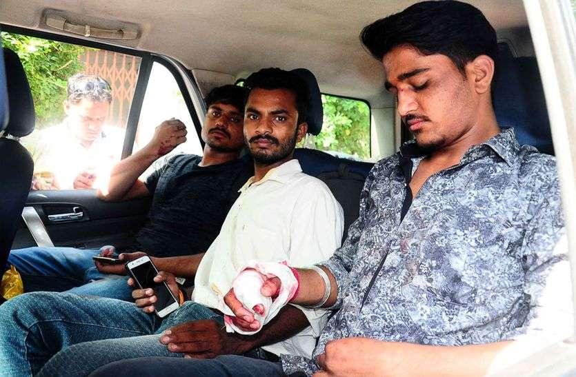 एनएसयूआई के ज्ञापन से भड़के एबीवीपी कार्यकर्ता, कैम्पस में बहा खून