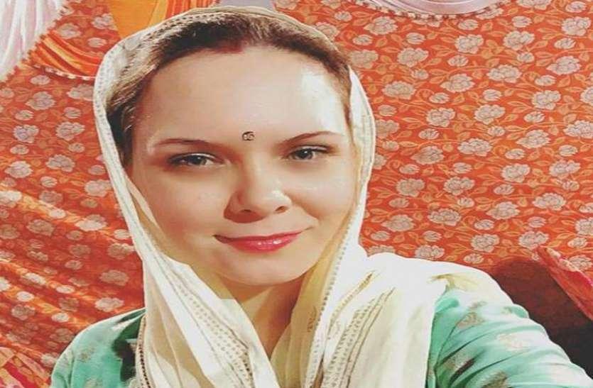 विदेशी लड़की ने पीएम मोदी से इसलिए मांगी मदद, बताई अधिकारियों की ये बात