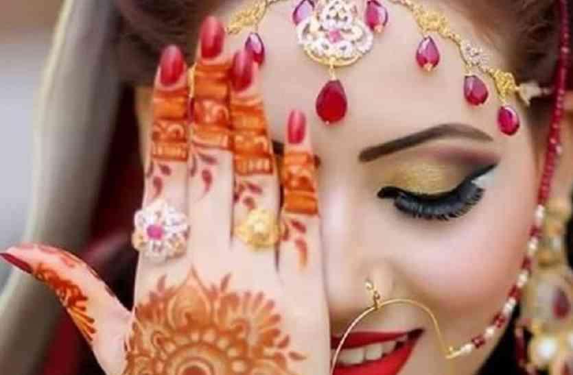 इस दिन अविवाहित युवतियां अच्छे पति के लिए रहती है उपवास, शिव से करती है कामना