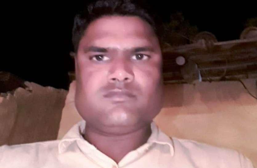 समायोजन रद्द होने से परेशान एक और शिक्षा मित्र ने की आत्महत्या