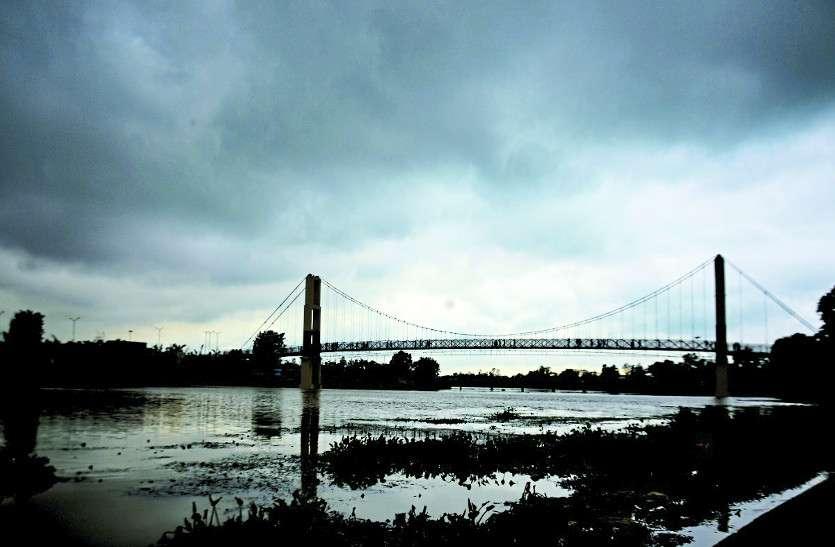 ओडिशा में चक्रवात की वजह से छत्तीसगढ़ में मानसून हुआ सक्रिय, आज भी कई क्षेत्रों में यलो अलर्ट
